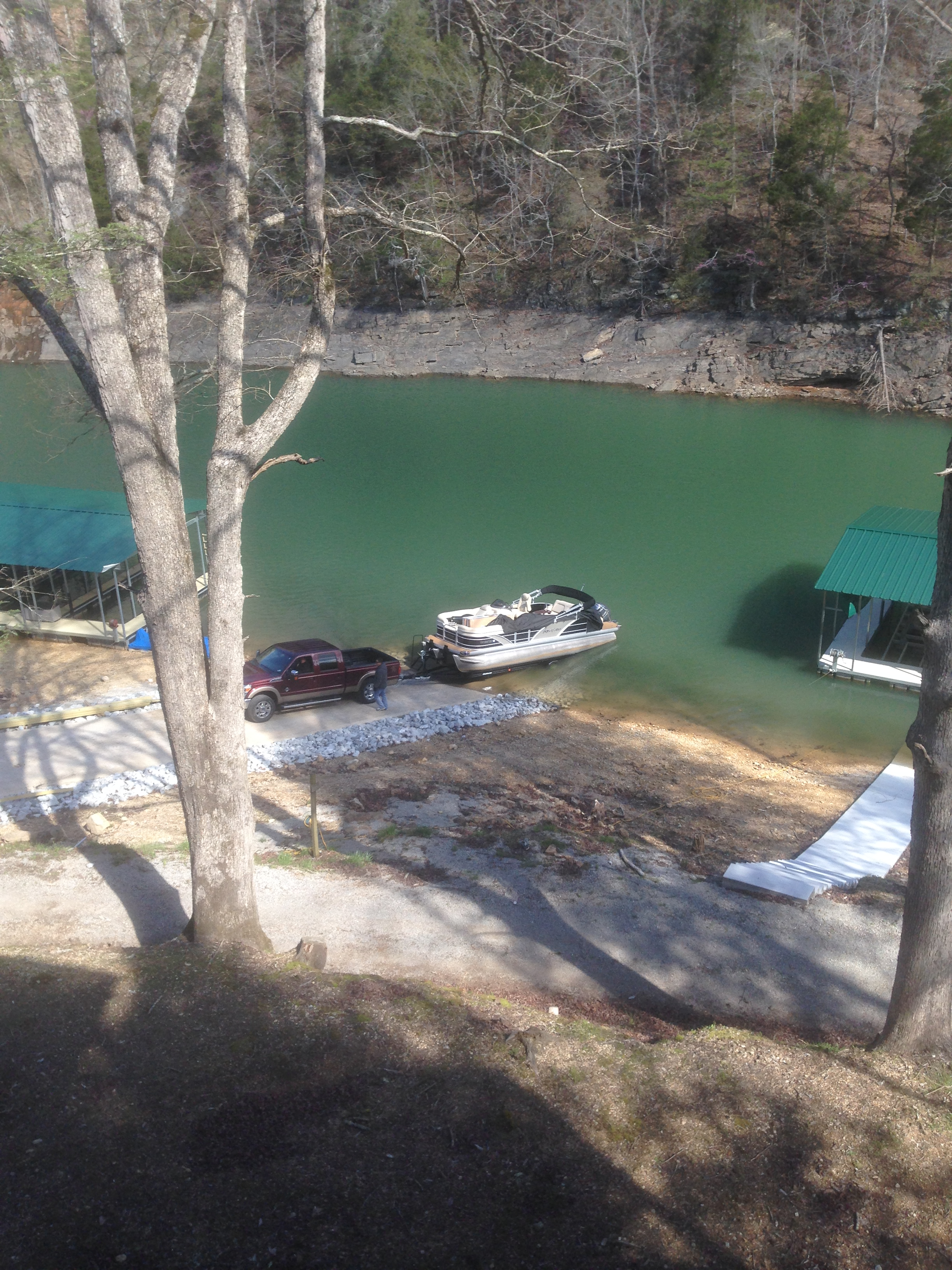 Norris Lake Cabin Rentals | Lakeside Estate Condo | Norris Lake Villas