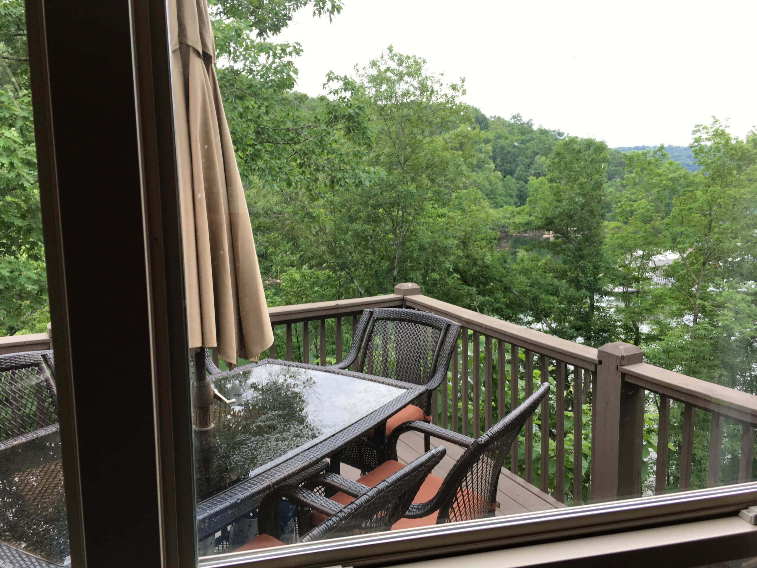 Beautiful Norris Lake House Rental | Bullwinkle Inn - sleeps 16 | Deck | Norris Lake Villas