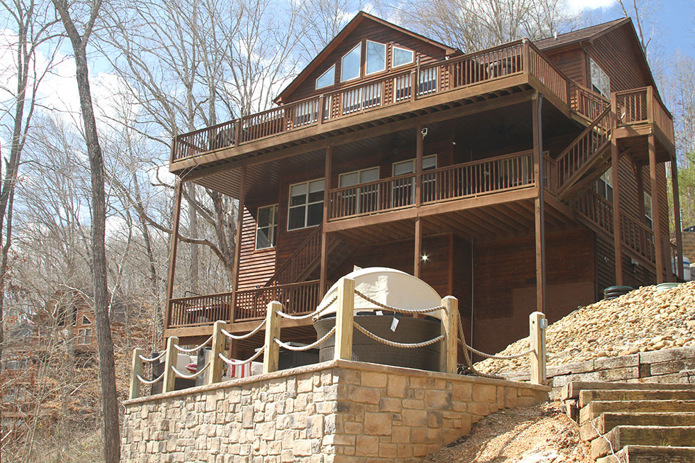 Norris Lake Cabin Rental   Happy House Lakeside Cabin