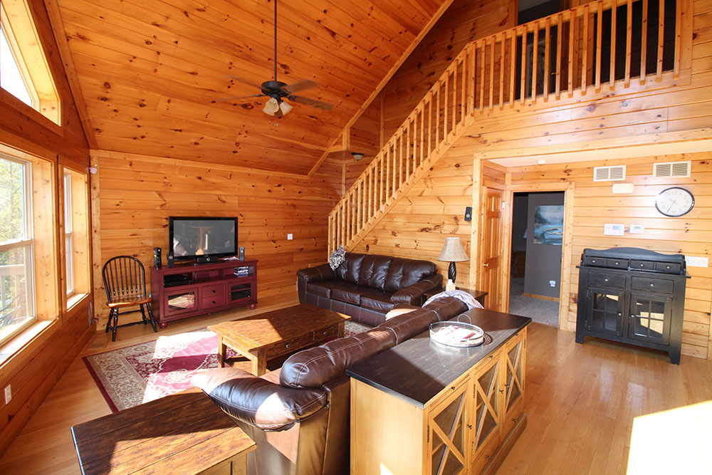 Norris Lake Cabin Rentals | Wildwood Lakeside Cabin Great Room | Norris Lake Villas