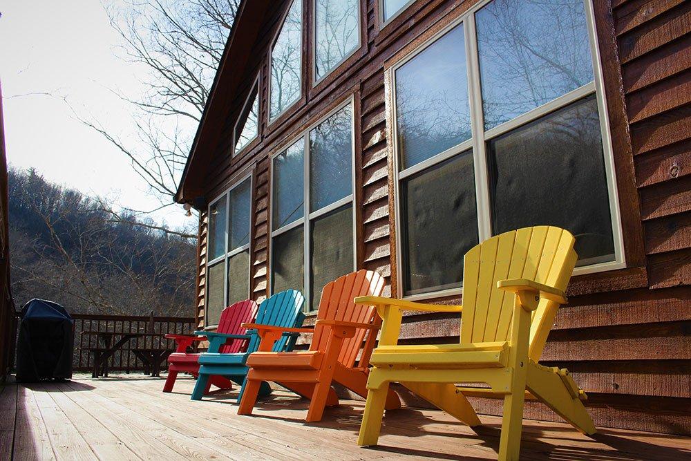 Norris Lake Cabin Rentals   Happy House Lakeside Cabin Deck   Norris Lake Villas