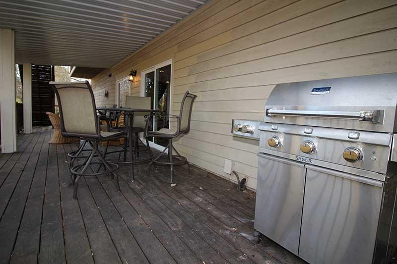 Norris Lake Cabin Rentals | Knot 4 Reel Cabin Balcony | Norris Lake Villas