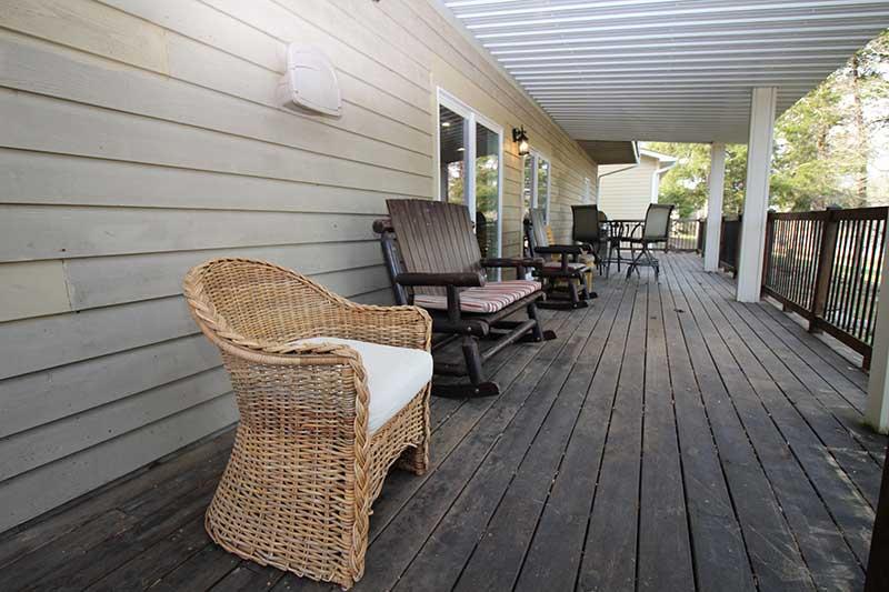 Norris Lake Cabin Rentals   Knot 4 Reel Cabin Balcony   Norris Lake Villas