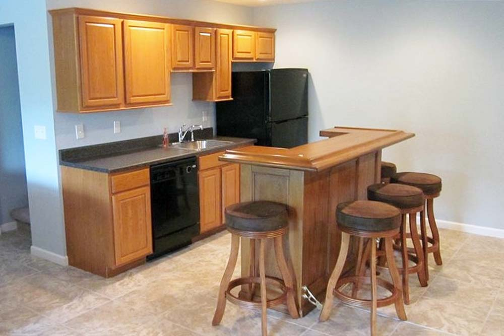Norris Lake Villas | Norris Lake Cabin Rentals | Big Dipper Lakeside Cabin Entertainment Room