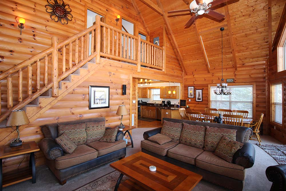 Norris Lake Villas | Norris Lake Cabin Rentals | Jolly Mon Lakeside Cabin Great Room