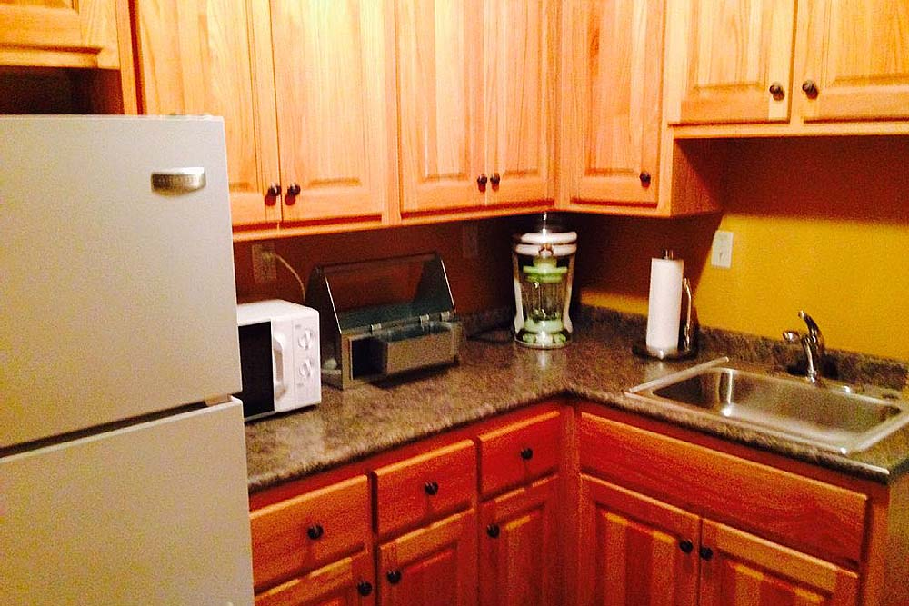 Norris Lake Cabin Rentals | Knopp's Landing Lakeside Cabin Kitchen | Norris Lake Villas