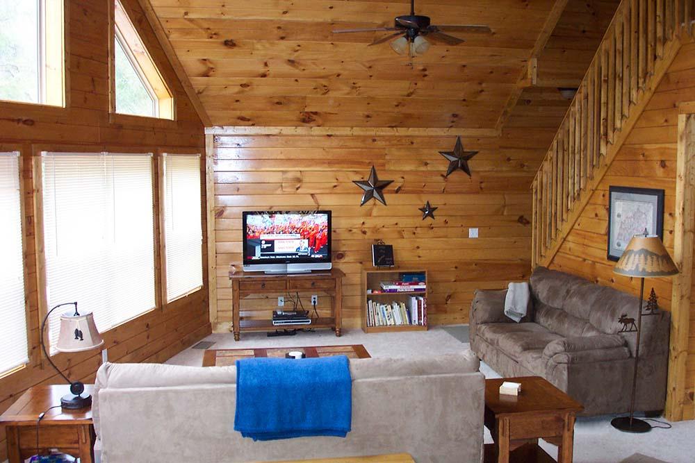 Norris Lake Villas | Norris Lake Cabin Rentals | Night Sky Lakeside Cabin Great Room