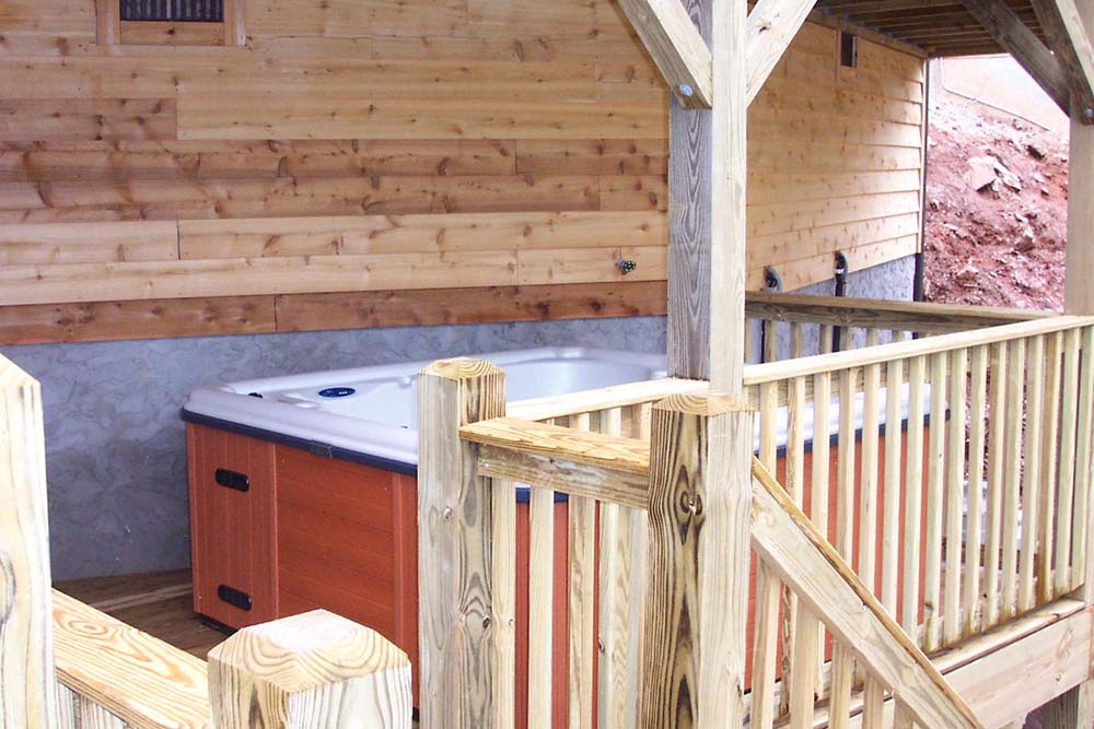 Norris Lake Villas | Norris Lake Cabin Rentals | Night Sky Lakeside Cabin Hot Tub