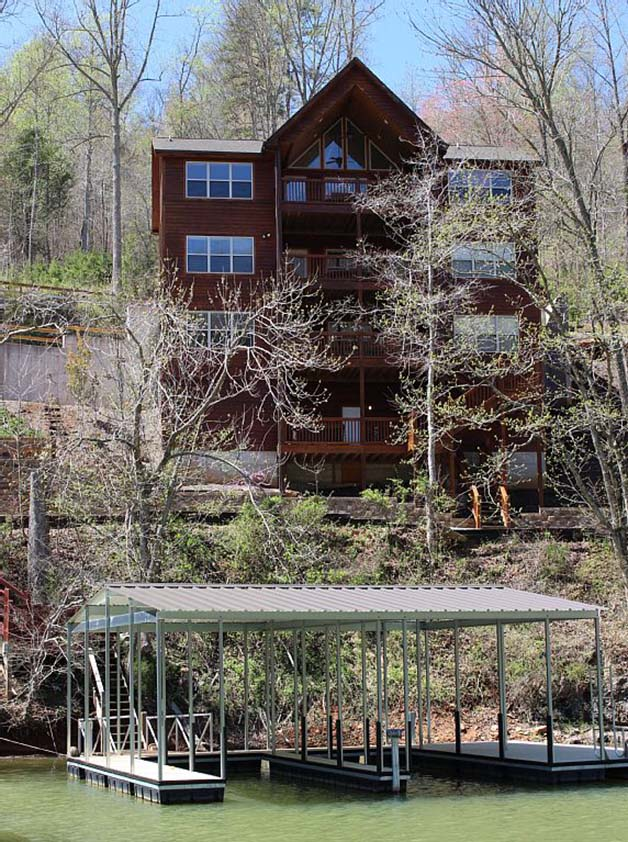 Norris Lake Cabin Rentals | Slice of Heaven Lake Side Cabin View from the Dock | Norris Lake Villas