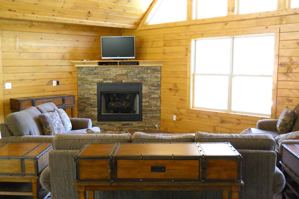 Norris Lake Cabin Rentals | Slice of Heaven Lake Side Cabin Great Room | Norris Lake Villas