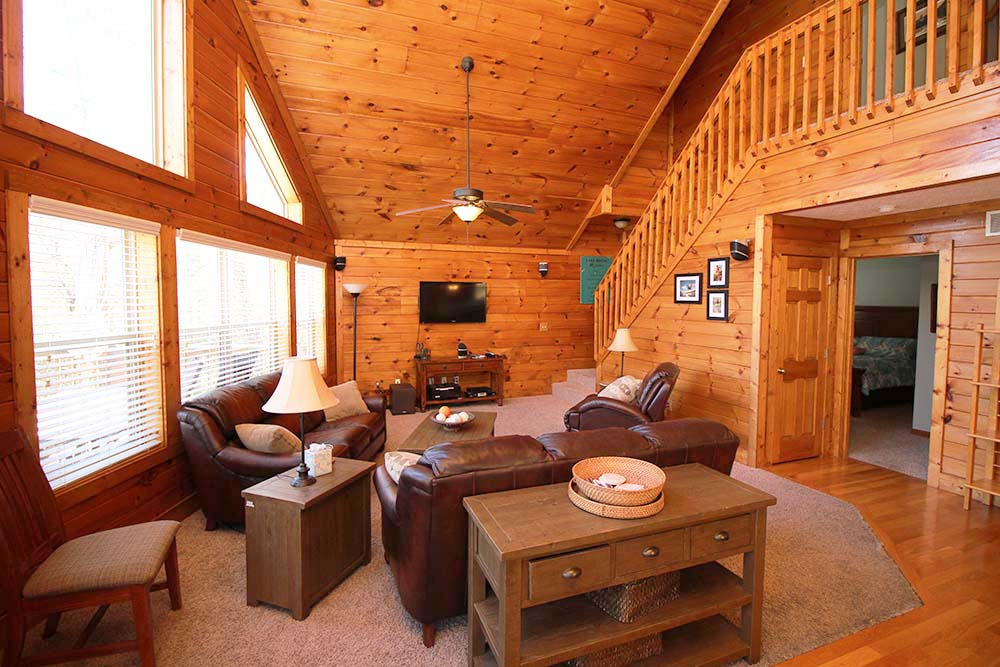 Norris Lake Villas | Norris Lake Cabin Rentals | Wake Dreams Lakeside Cabin Great Room